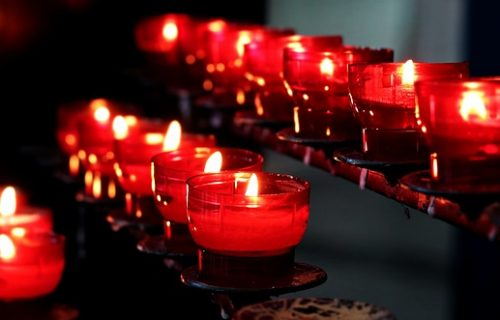 candles-2628473_640